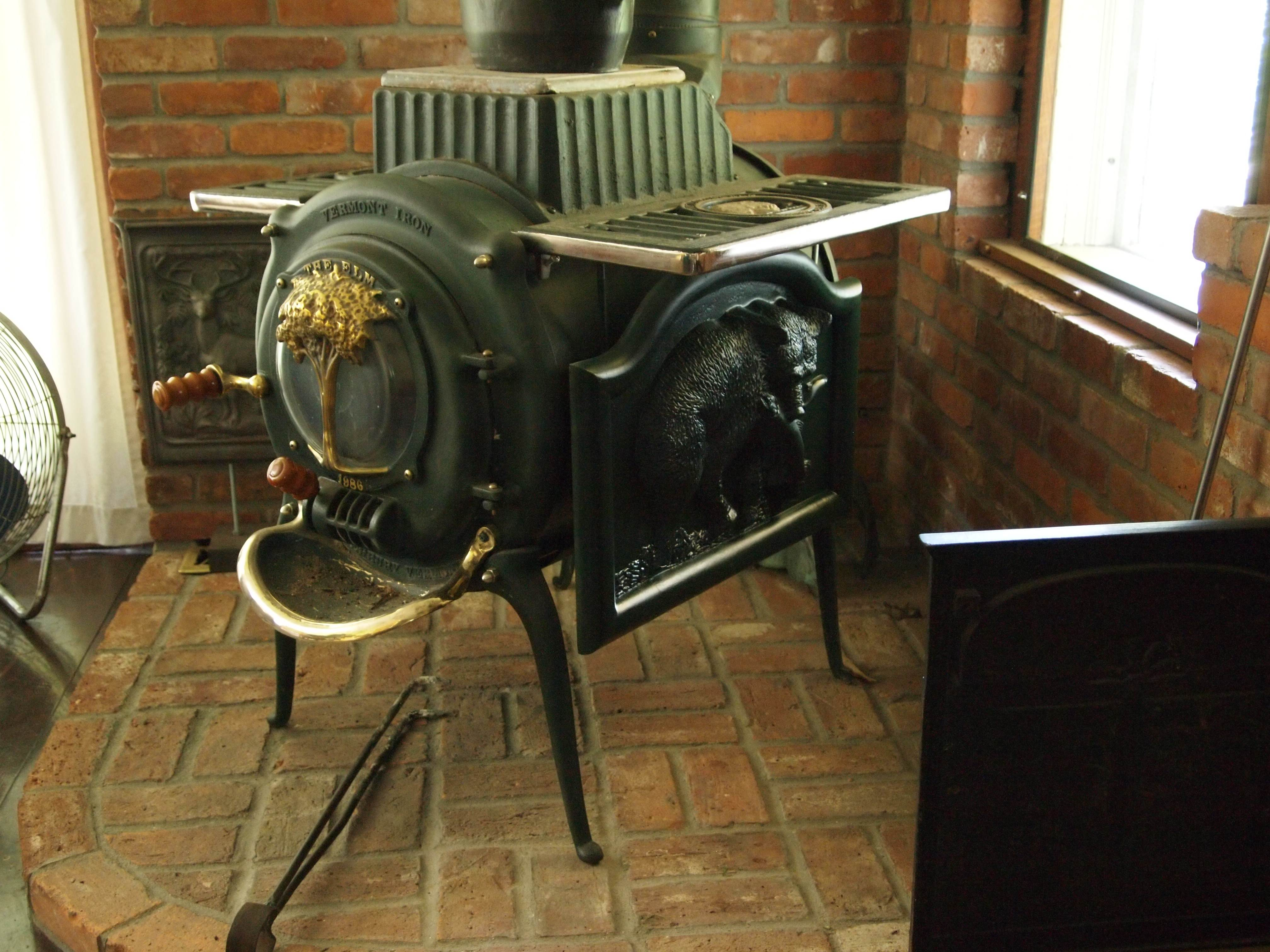 118 best old wood cook stoves images on Pinterest Antique stove 57